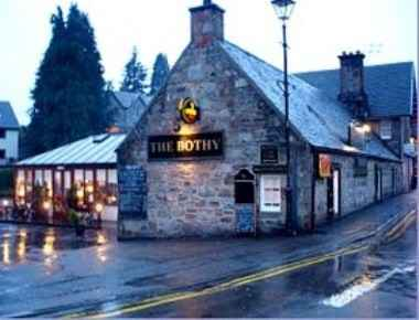 The Bothy Restaurant Fort Augustus Over Looking The Caledonian Canal